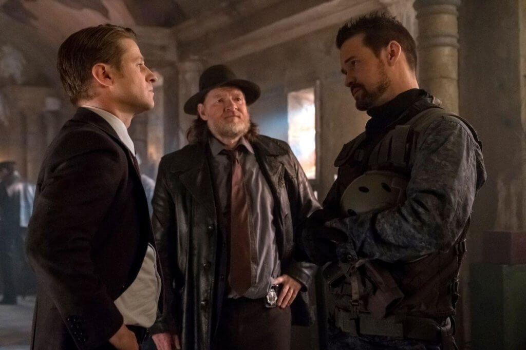 Gotham, Pena Dura